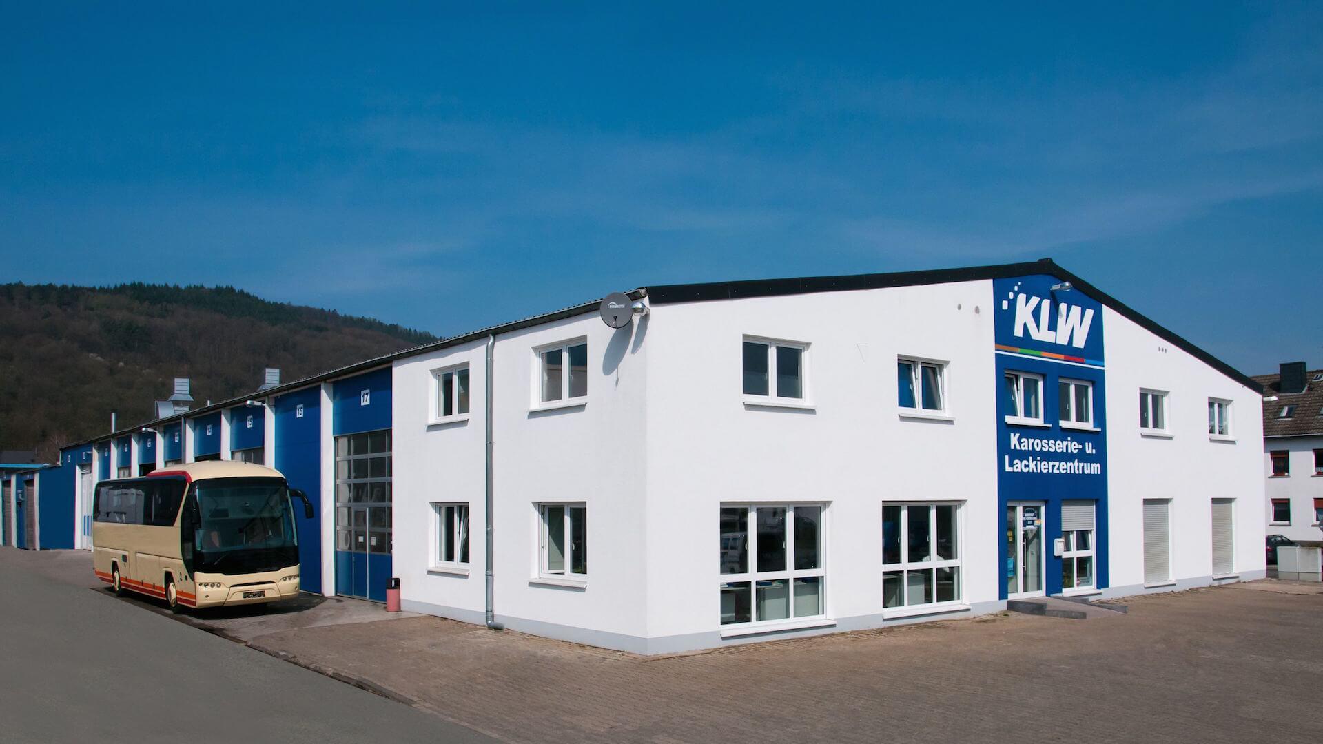 KLW GmbH Trier - Karosserie- und Lackierzentrum - Ottostr. 6-16 - Tel: 0651/ 99 37 32 0